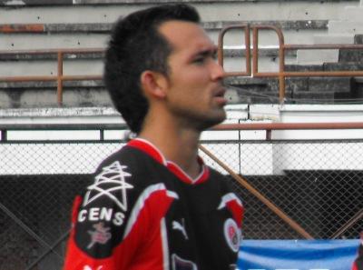 El equipo rojinegro con gol de Edwin del Castillo empató en Bucaramanga y clasificó con 16 puntos a la siguiente ronda de la Copa Postobón.