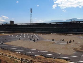 Los trabajos de arreglo de la cancha del Estadio general Santander avanzan con buen ritmo y dejar listo el escenario para la inauguración de los Juegos Nacionales en noviembre.