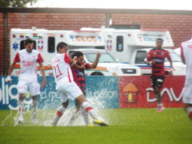 Mañana en el Plazas Alcid se juega la 4 final el equipo rojinegro, no importa el frío, el calor, la lluvia o el sol, los guerreros motilones lo van a dejar todo en la cancha! Foto (ARGEMIRO DAZA)