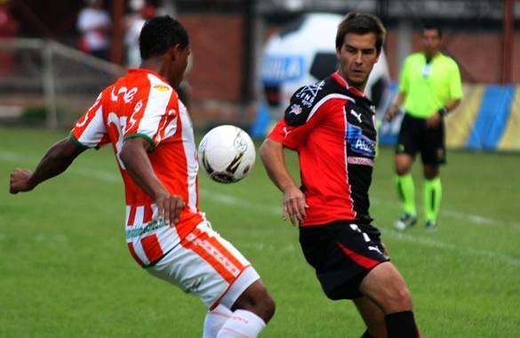 Aunque su desempeño durante todo el torneo no fué excepcional, se sigue restando a la nómina del Cúcuta Deportivo, Diego Mora podría ser definido como nuevo presidente del equipo.